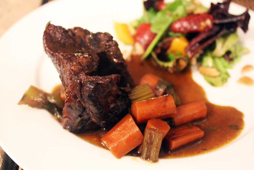 How to cook beef chuck short ribs on the stove